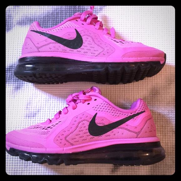 Nike AirMax Shoes Women's sz 7.5 Pink 💕 7 1/2